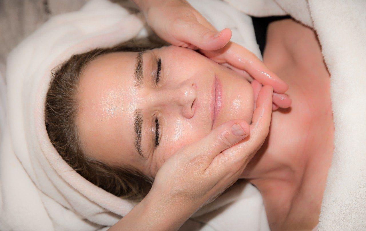 ТОП способов подтянуть кожу лица после похудения Фото-7