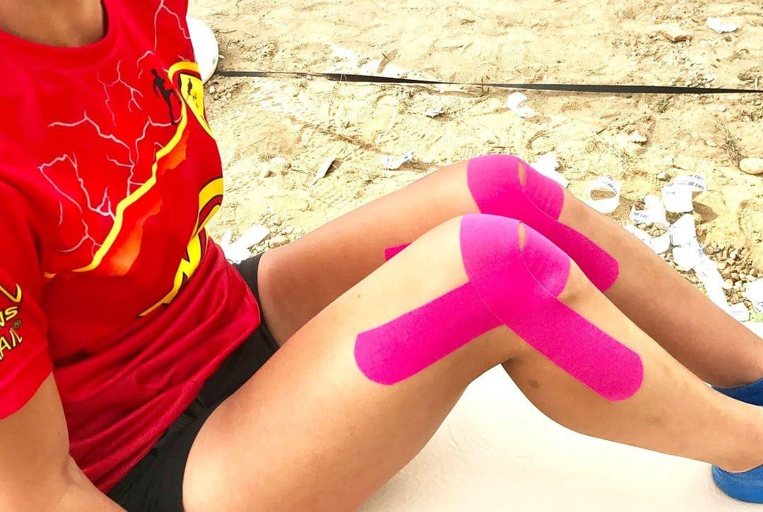 Тейпирование колена при растяжении крестообразных связок Фото-7