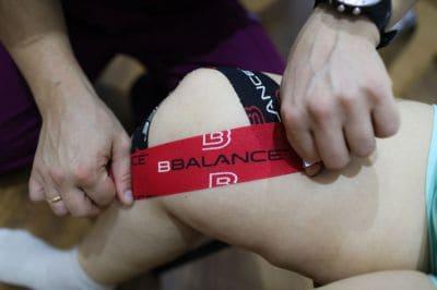 Тейпирование внутренней боковой связки колена