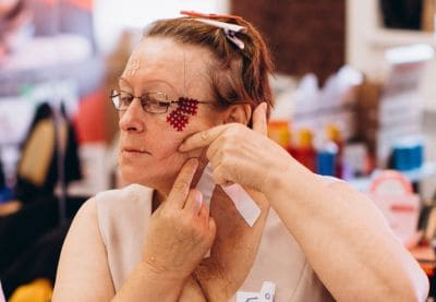 Как подтянуть овал лица после 50 лет? Самые эффективные процедуры в #year# году