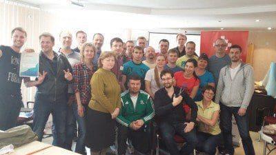 В Красноярске состоялся семинар по кинезиотейпированию под руководством доктора Владимира Демченко